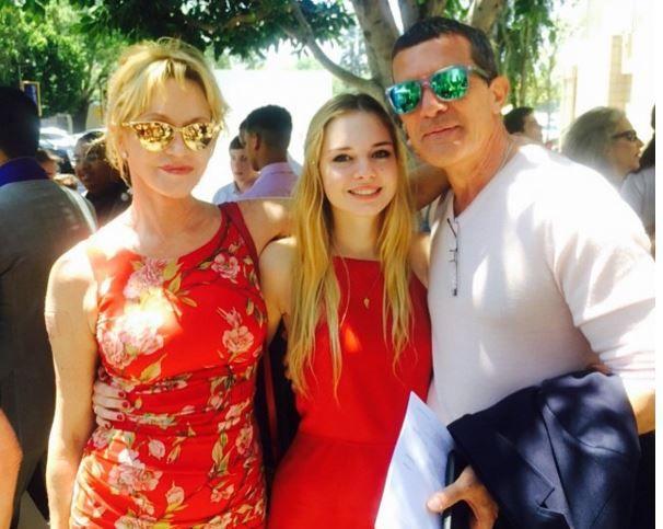 Melanie Griffith, Stella del Carmen Banderas y Antonio Banderas.
