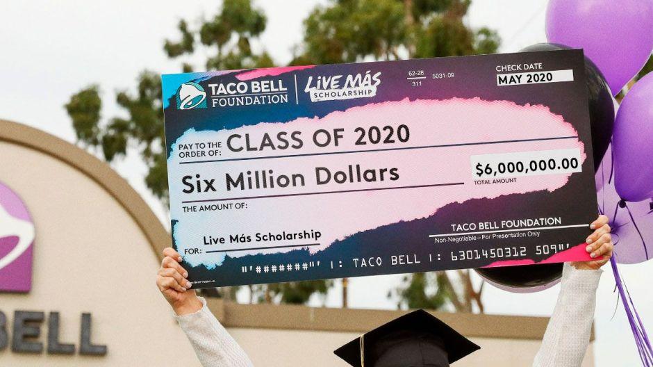 Taco Bell dará $6 millones en becas escolares, y aquí te decimos cómo tener algo de este dinero
