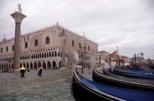 Venecia en estado de alerta por nueva marea alta