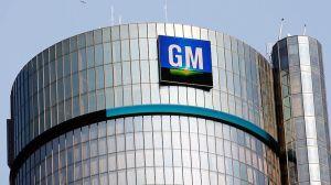 GM retira pickups y sedan por problemas con frenos y batería en Estados Unidos