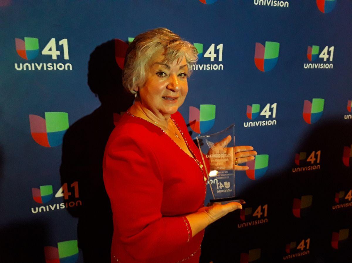 """Univision honra a """"Angeles del 41"""" del 2019 exaltando el liderazgo comunitario de los hispanos"""