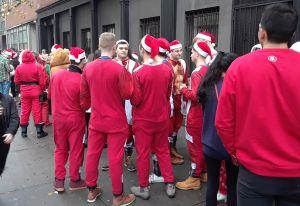 Proponen ley para revisar antecedentes penales de los Santa Claus de Nueva York