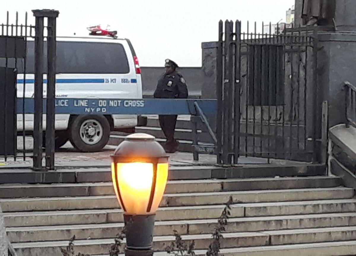 Se escapó 3er niño sospechoso por alumna apuñalada en parque; alcalde critica comentario policial sobre marihuana