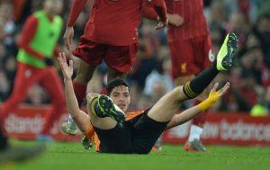 El VAR le quitó el empate a Raúl Jiménez y los Wolves ante Liverpool