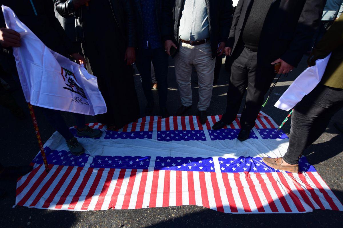 Imágenes: Asalto multitudinario a la embajada de EEUU en Bagdad