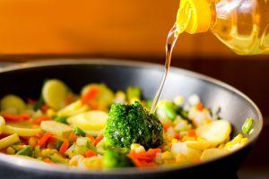 ¿Cuántas veces es saludable utilizar el aceite para freír?