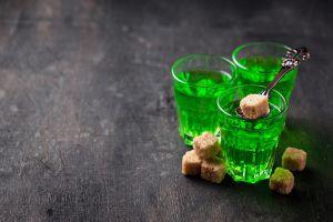 ¿Ya conoces El Hada Verde o Absenta? El solicitado aperitivo que te relajará, quizás un poco de más