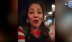 Detienen en México a una mujer de Texas que llevaba regalos a niños inmigrantes