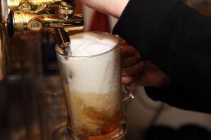 Está científicamente comprobado que la cerveza mejora la salud intestinal