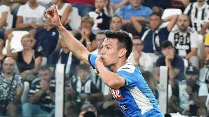 Así se despidió el 'Chucky' Lozano del técnico que lo debutó en el Napoli