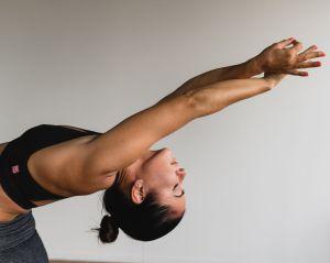 Practicar yoga cambia tu cerebro, lo dice la ciencia