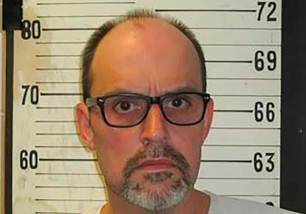 Filete de queso, cebolla, rebanada de pastel y una Pepsi, eso pide recluso antes de morir en la silla eléctrica en Tennesse