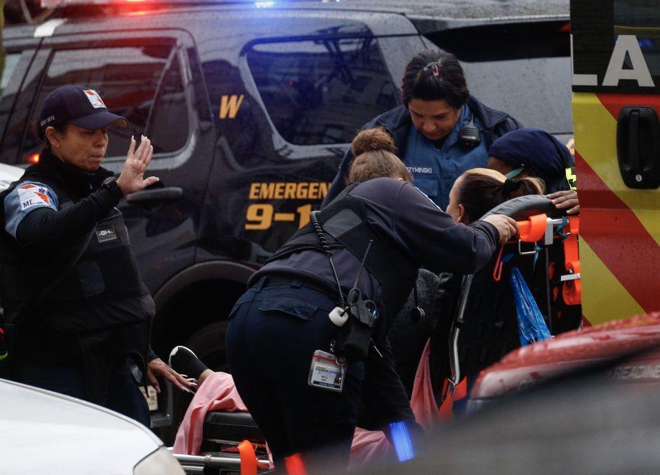 Confirman varios muertos en tiroteo en Nueva Jersey, incluido al menos un policía