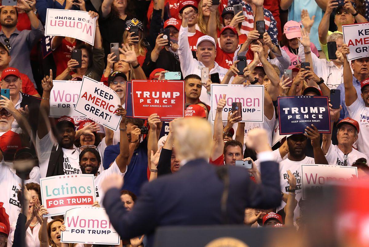 El 35% de votantes latinos apoya al Partido Republicano