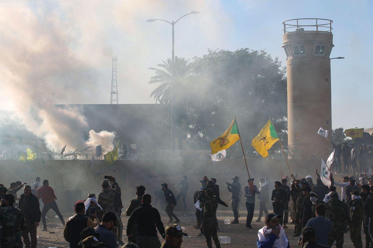 Trump envía refuerzos militares por ataque a embajada de Estados Unidos en Bagdad