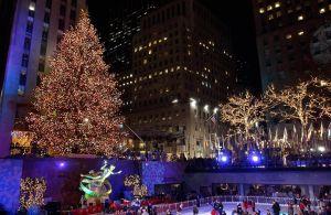 VIDEO: Mira la famosa ceremonia de iluminación del árbol de Navidad en el Rockefeller Center