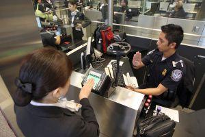 La advertencia del jefe migratorio sobre el sistema biométrico a viajeros o inmigrantes