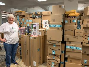 Instan a donar juguetes para 22,000 niños desamparados esta Navidad