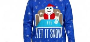 """Colombia anuncia demanda contra Walmart por venta de suéter de Santa con """"cocaína"""" incluida"""
