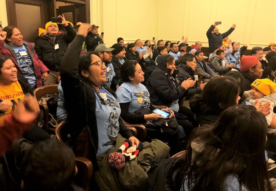 Nueva Jersey sigue los pasos de NY y aprueba ley de licencias para indocumentados