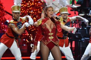Katy Perry, Kim Kardashian, Ariana Grande y un sinfín de artistas más se unen para cantar 'All I Want For Christmas Is You'