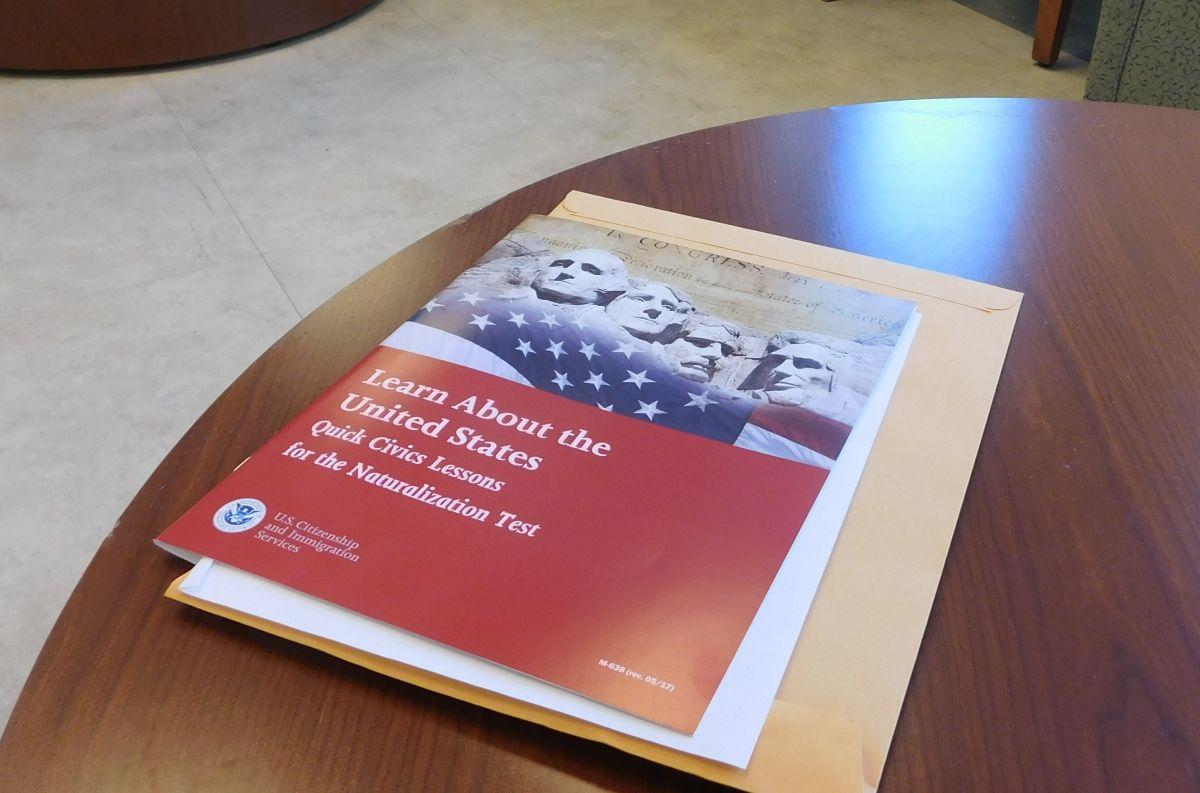 5 claves de abogados sobre el aumento de tarifas de trámites migratorios ante USCIS