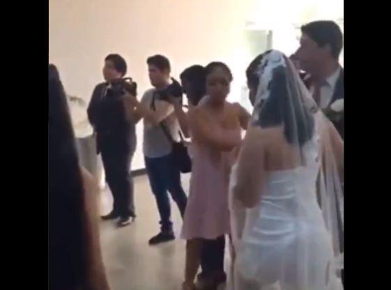 """""""¡No te puedes casar!"""": El desesperado intento de una mujer por impedir una boda"""