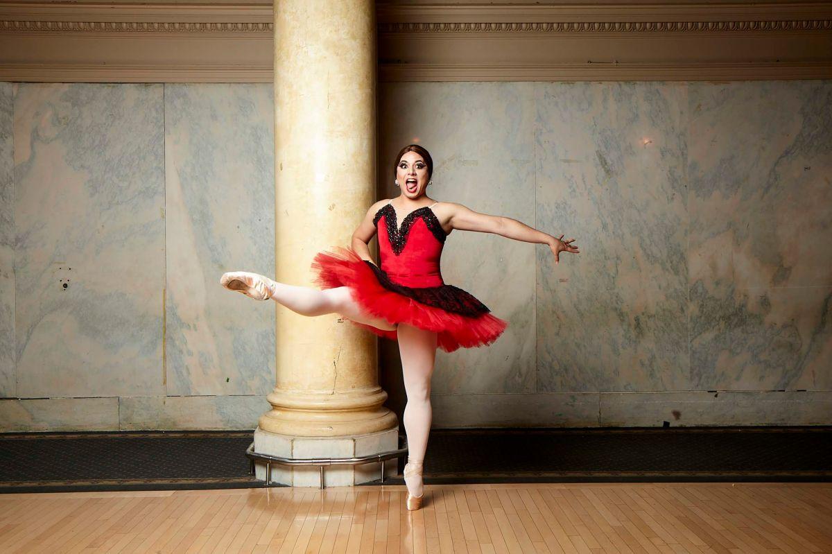 Ballet con humor en los pies de un colombiano
