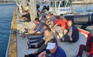 Pescan a 30 inmigrantes en dos lanchas al llegar a costas de California
