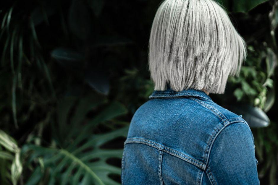 ¿El cabello también envejece?  3 productos para cuidar el cabello del desgaste