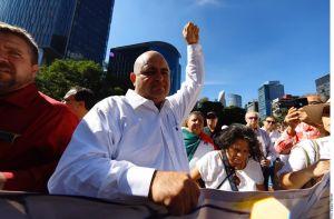 Julián LeBarón pide unidad contra masacres, protestó contra gobierno de AMLO
