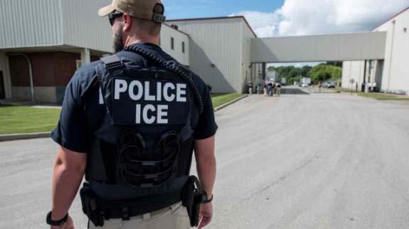 Absuelto el hombre que tuiteó que pagaría $500 dólares a quien matara a un agente de ICE