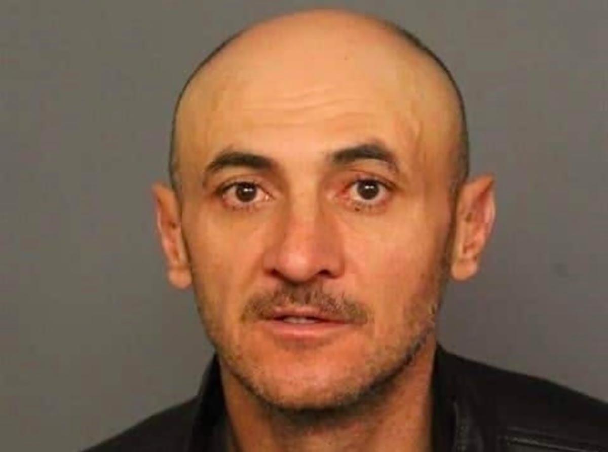 Hombre que fue deportado seis veces es acusado de atropellar a una mujer en Colorado