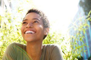5 trucos de la psicología para vivir feliz