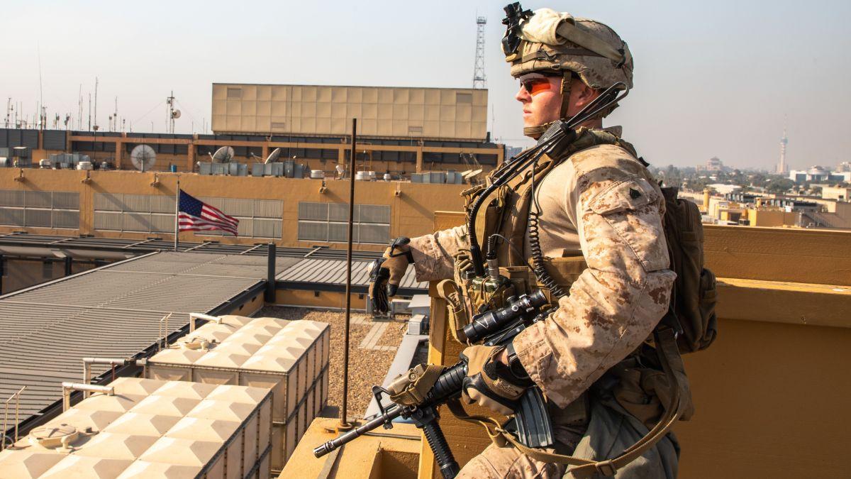 Estados Unidos bombardea milicias en Irak como respuesta a muerte de dos soldados