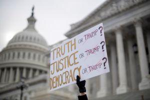 Demócratas cierran su alegato contra Trump en el juicio político