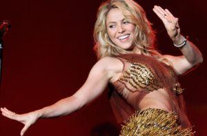 Shakira regala tentadora vista entre sus piernas y hace arder Instagram con su radical cambio de imagen