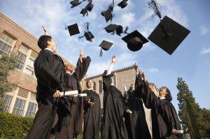 El nuevo grupo que podría reclamar cheque de estímulo adeudado al IRS: estudiantes universitarios