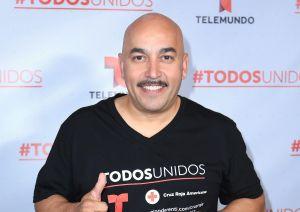 Adiós Belinda: Lupillo Rivera coqueteó con una famosa en show en vivo