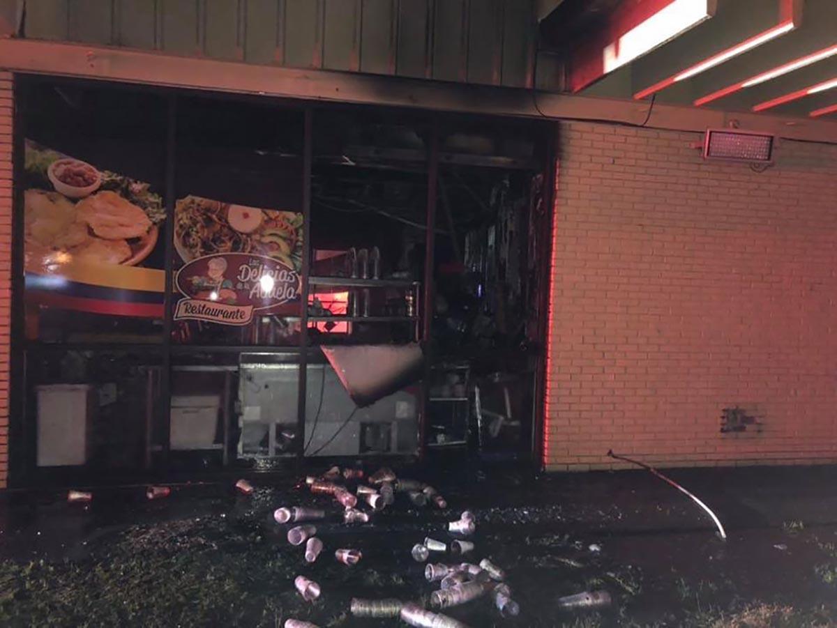 Incendio destruye a un popular restaurante hispano de Georgia