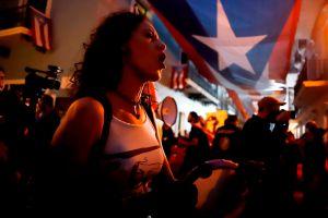 Gobernadora de Puerto Rico no va a renunciar en medio de lío por suministros, mientras planean gran marcha para este jueves