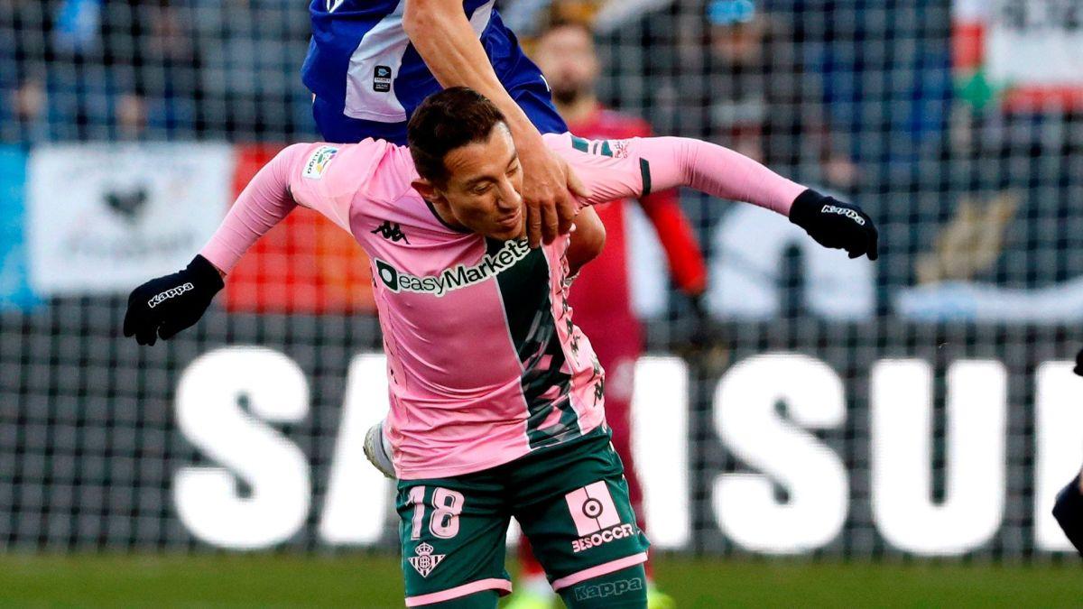 Con Guardado y Lainez, Betis inicia el año con empate ante Alavés