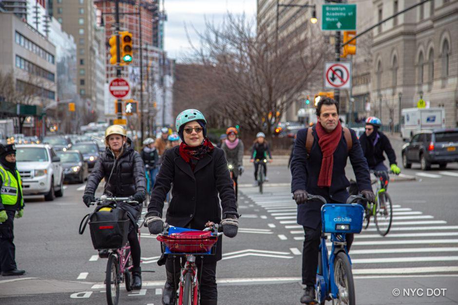 Alcaldía busca frenar muerte de ciclistas en Brooklyn con nuevos proyectos