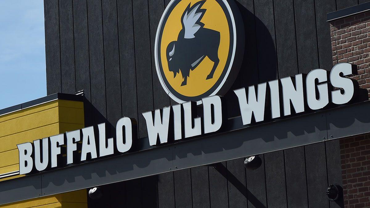 Cuánto podrías ganar trabajando en un restaurante Buffalo Wild Wings
