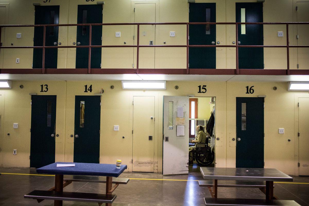 Investigan las prisiones de Florida y descubren que hay 9 mil latinos más de lo que se decía