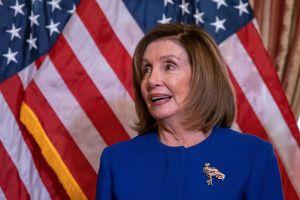 Representante republicana publica imagen de Pelosi para pedir financiación. Trump la comparte