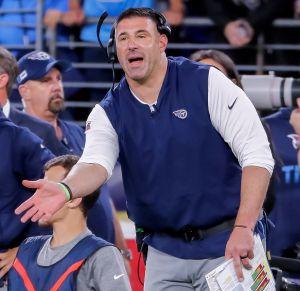 ¡Está a dos partidos de hacerlo! Coach de Titans dijo que se cortaría el pene si su equipo gana el Super Bowl