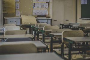Maestra que violó a estudiante unas 25 veces no cumplirá tiempo en prisión