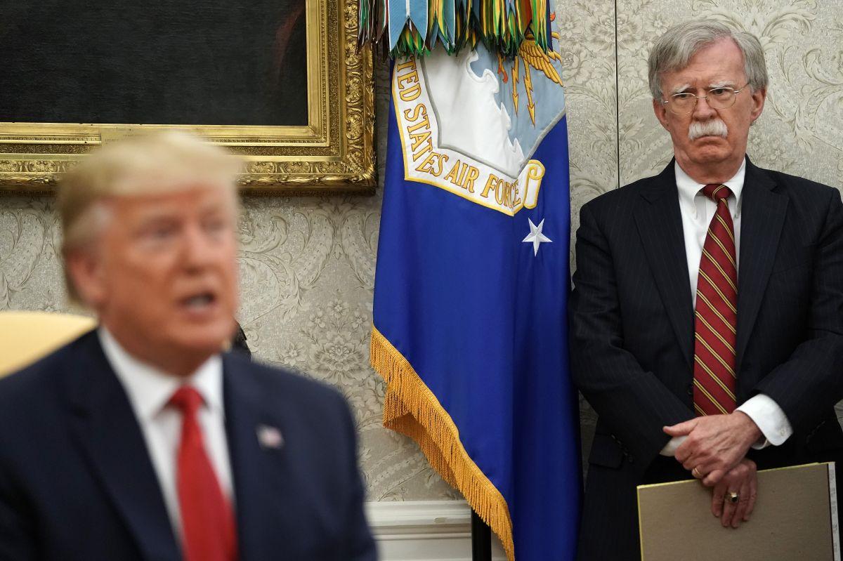 Revelan amenaza de la Casa Blanca a John Bolton si publica libro que afecta a Trump
