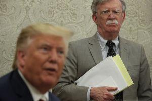 Las contundentes pruebas para el 'impeachment' de Trump que podría aportar John Bolton